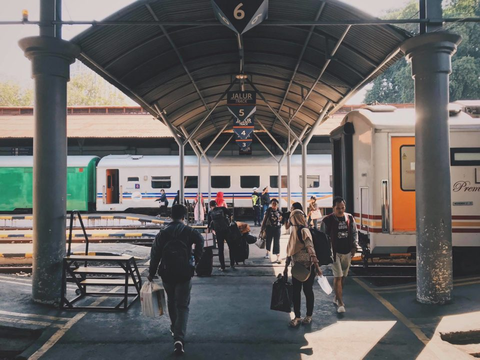 Stesen Kereta Api Surabaya Gubeng